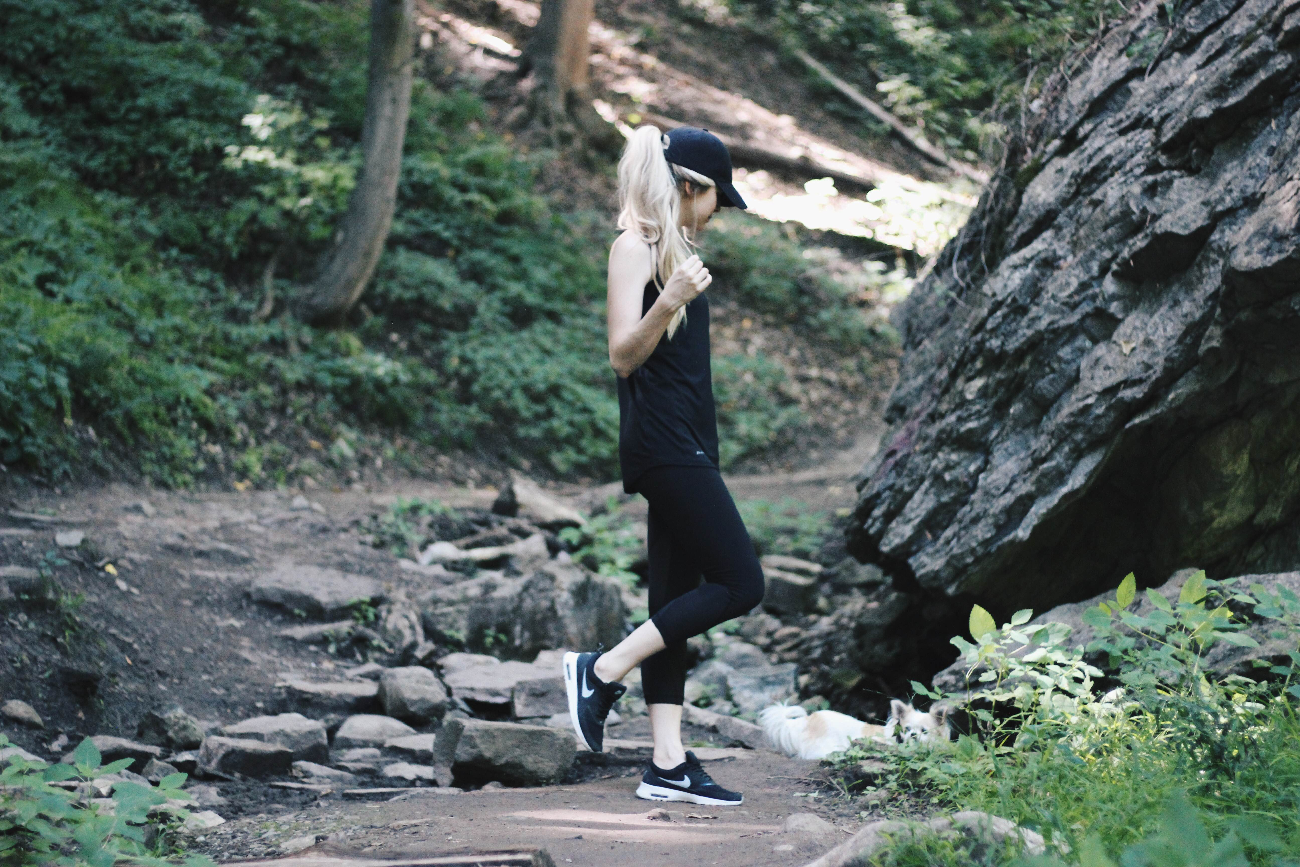 Perfect Hiking Outfit, Niagara Glen - Niagara Falls, Alex Gaboury