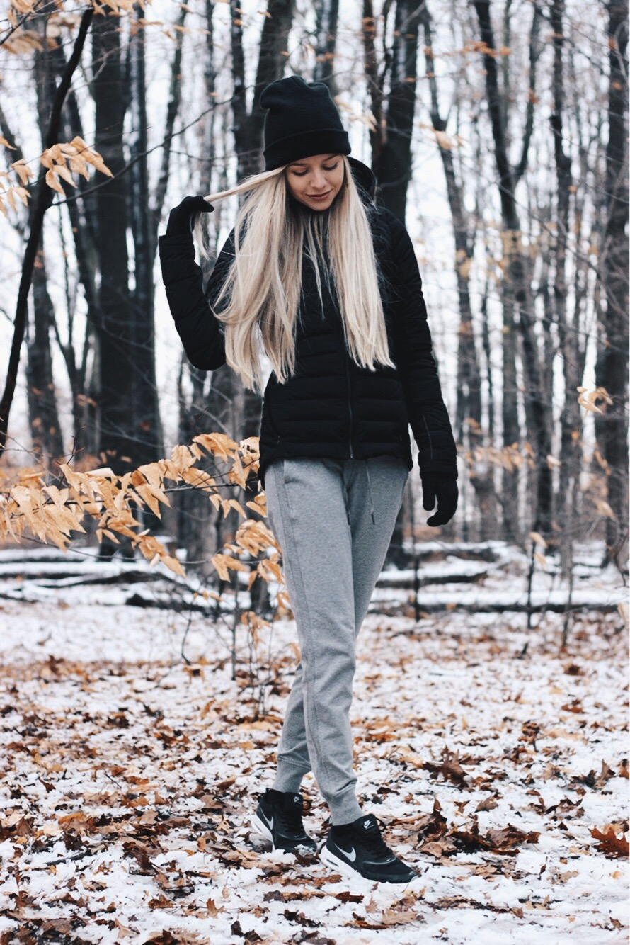 Casual Cozy Winter Outfit, Lululemon Sweatpants, Alex Gaboury