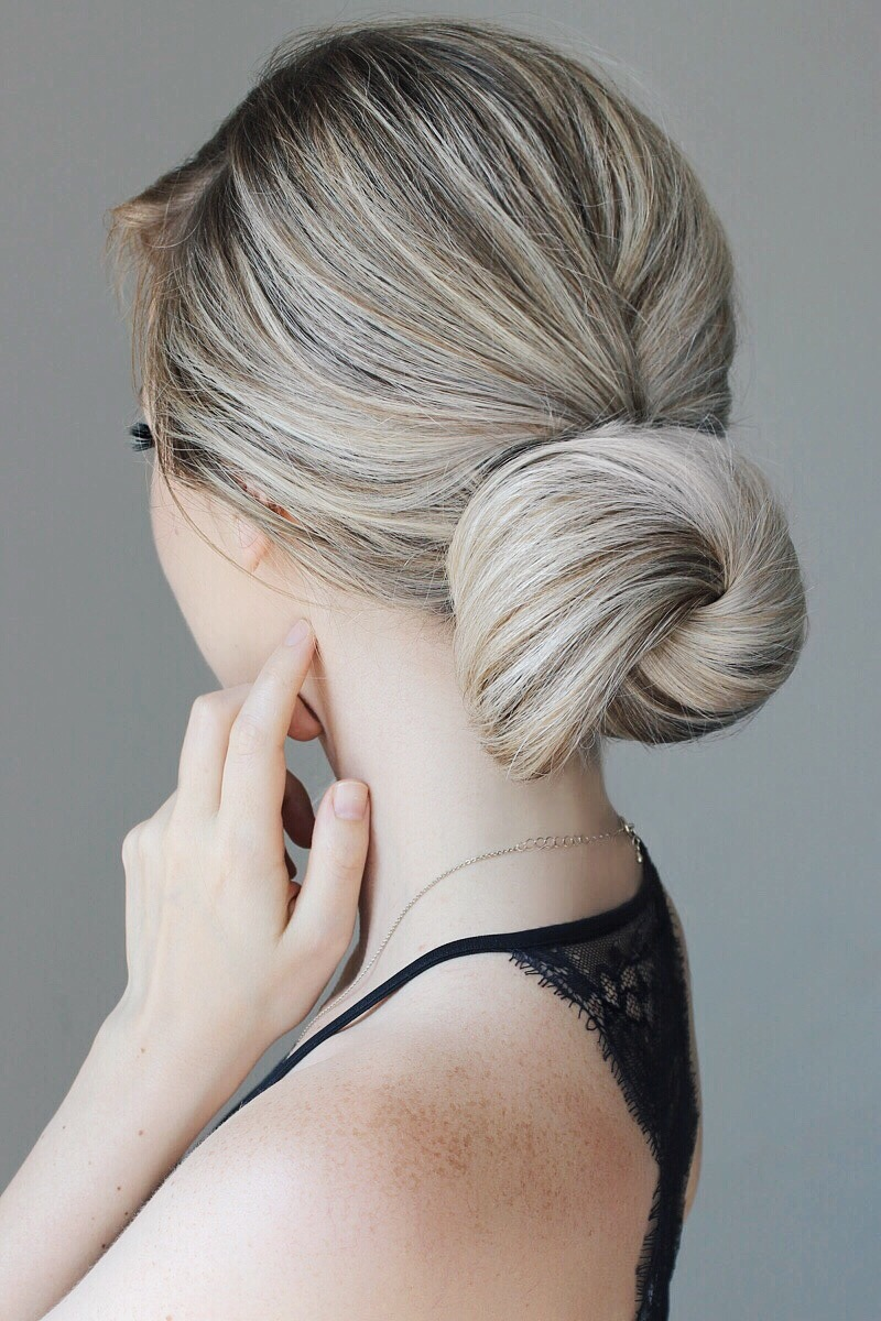 The 5 Minute Elegant Bun YOU Must Try! Alex Gaboury