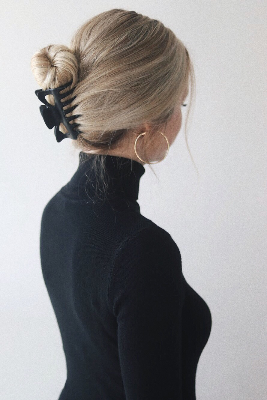 EASY CLAW CLIP HAIRSTYLES   Alex Gaboury