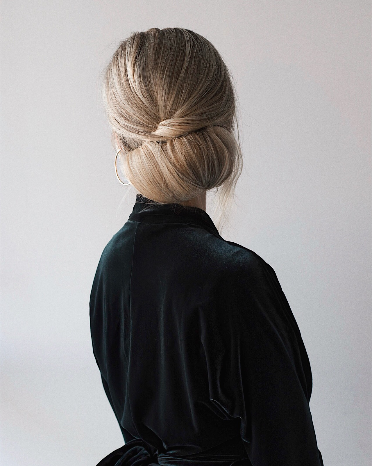 Easy Holiday Updo Hair Tutorial | www.alexgaboury.com