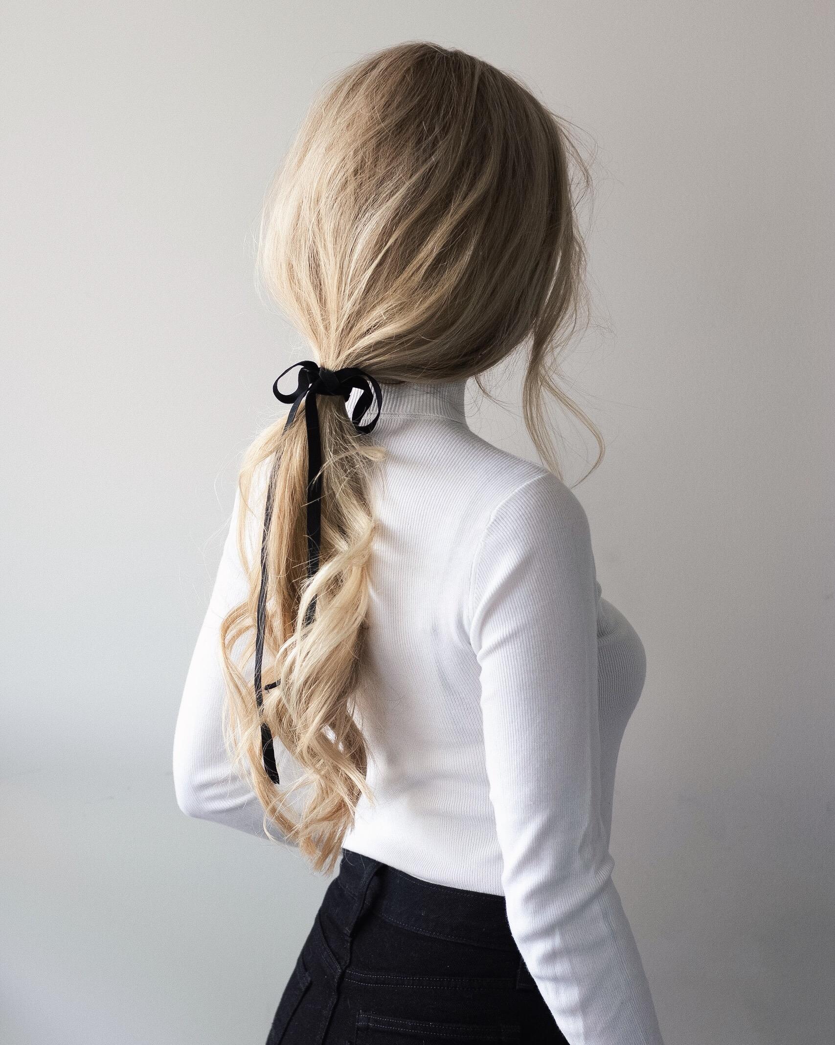 EASY LOW PONYTAIL HAIR TUTORIAL | www.alexgaboury.com