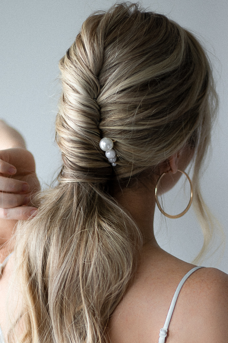 TWISTED PONYTAIL HAIR TUTORIAL | www.alexgaboury.com