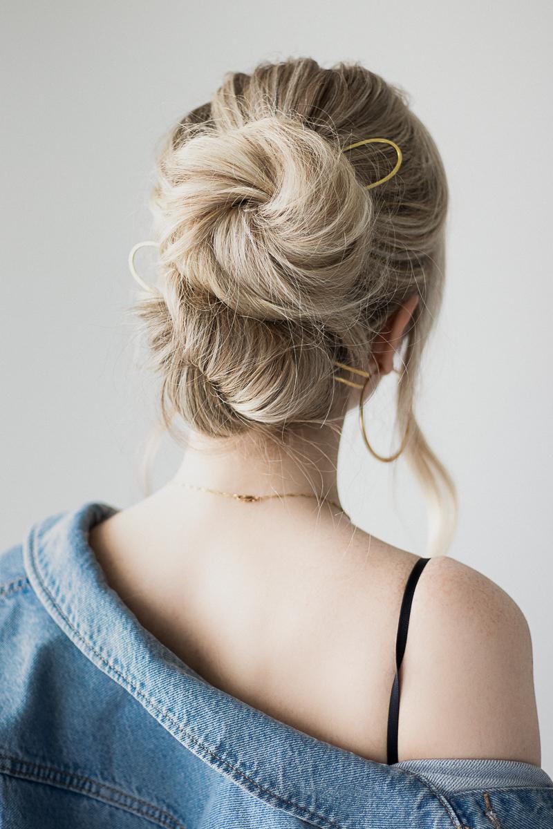 EASY UPDO HAIR TUTORIAL | www.alexgaboury.com