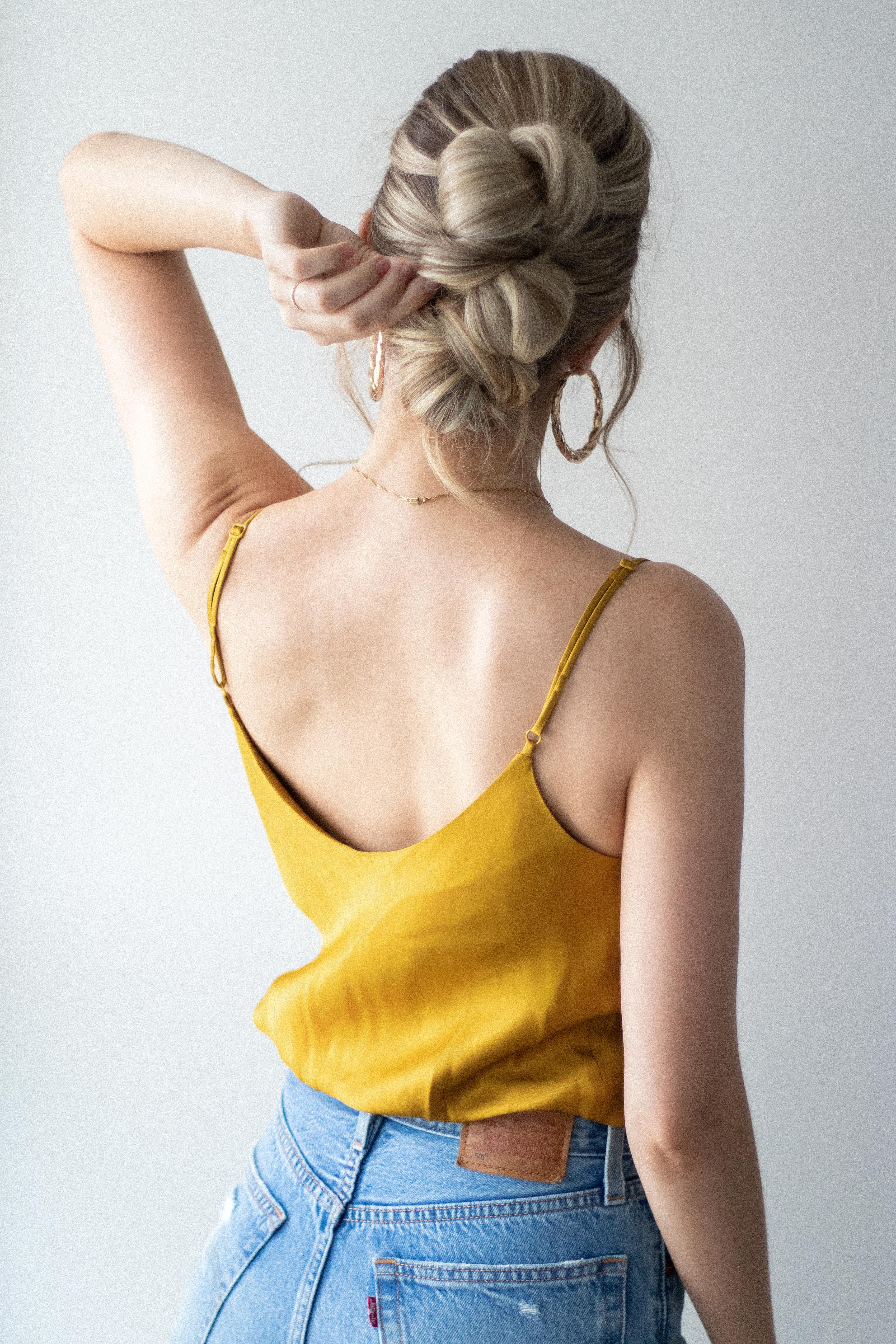 EASY Summer Updo Hair Tutorial | www.alexgaboury.com
