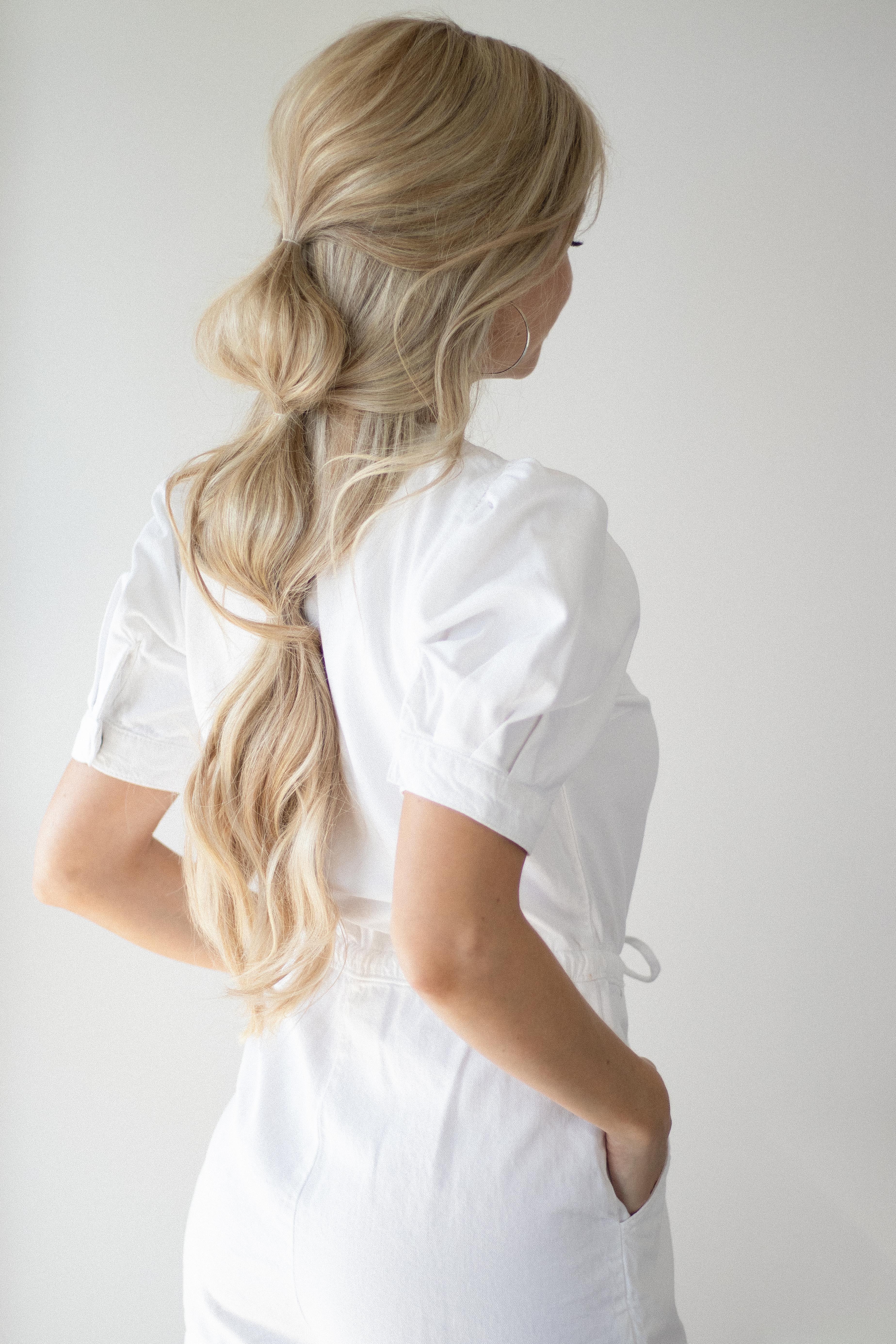 HOW TO EASY BUBBLE HAIR TUTORIAL | www.alexgaboury.com