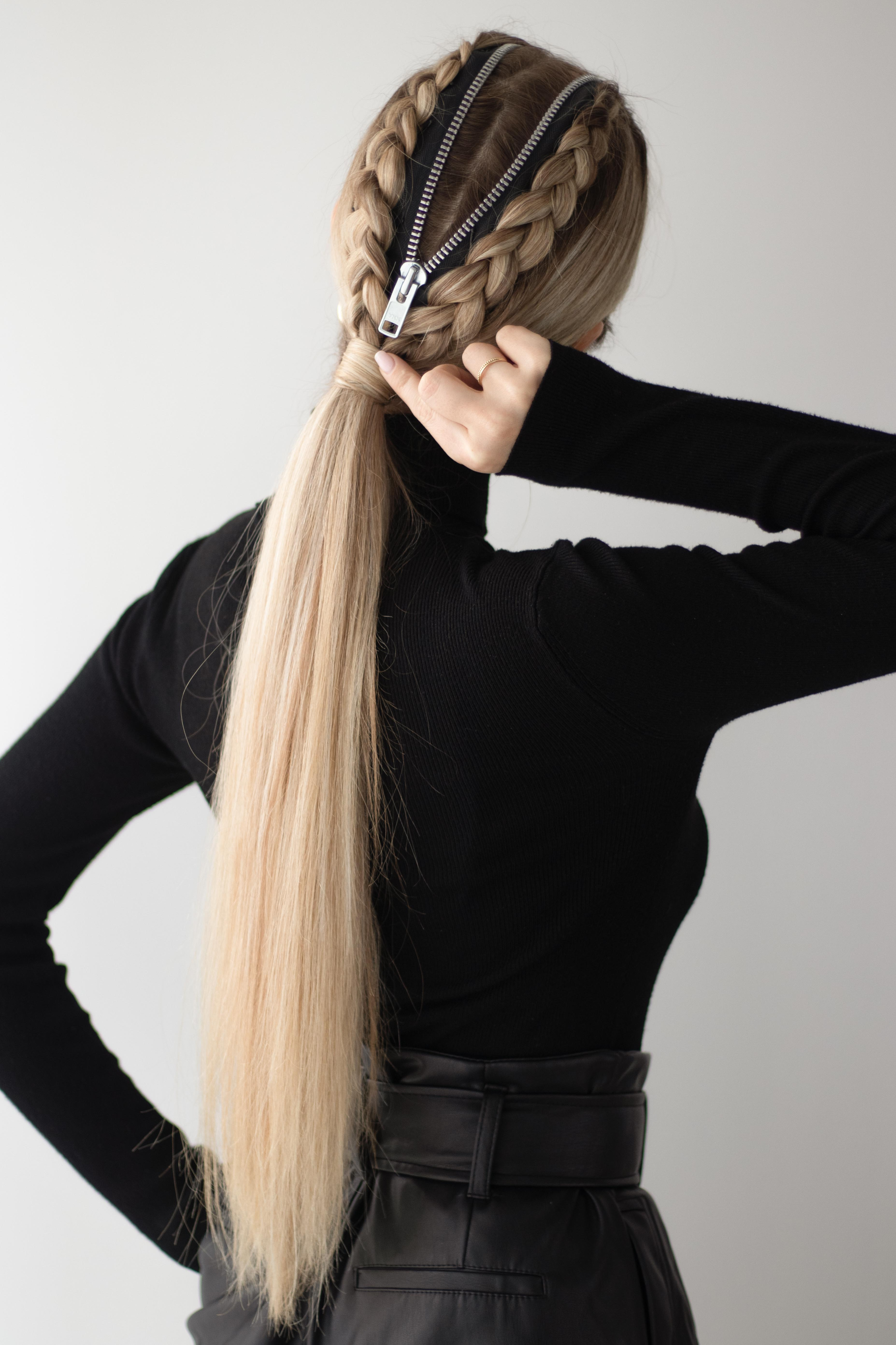 EASY DIY HALLOWEEN HAIRSTYLE | www.alexgabooury.com