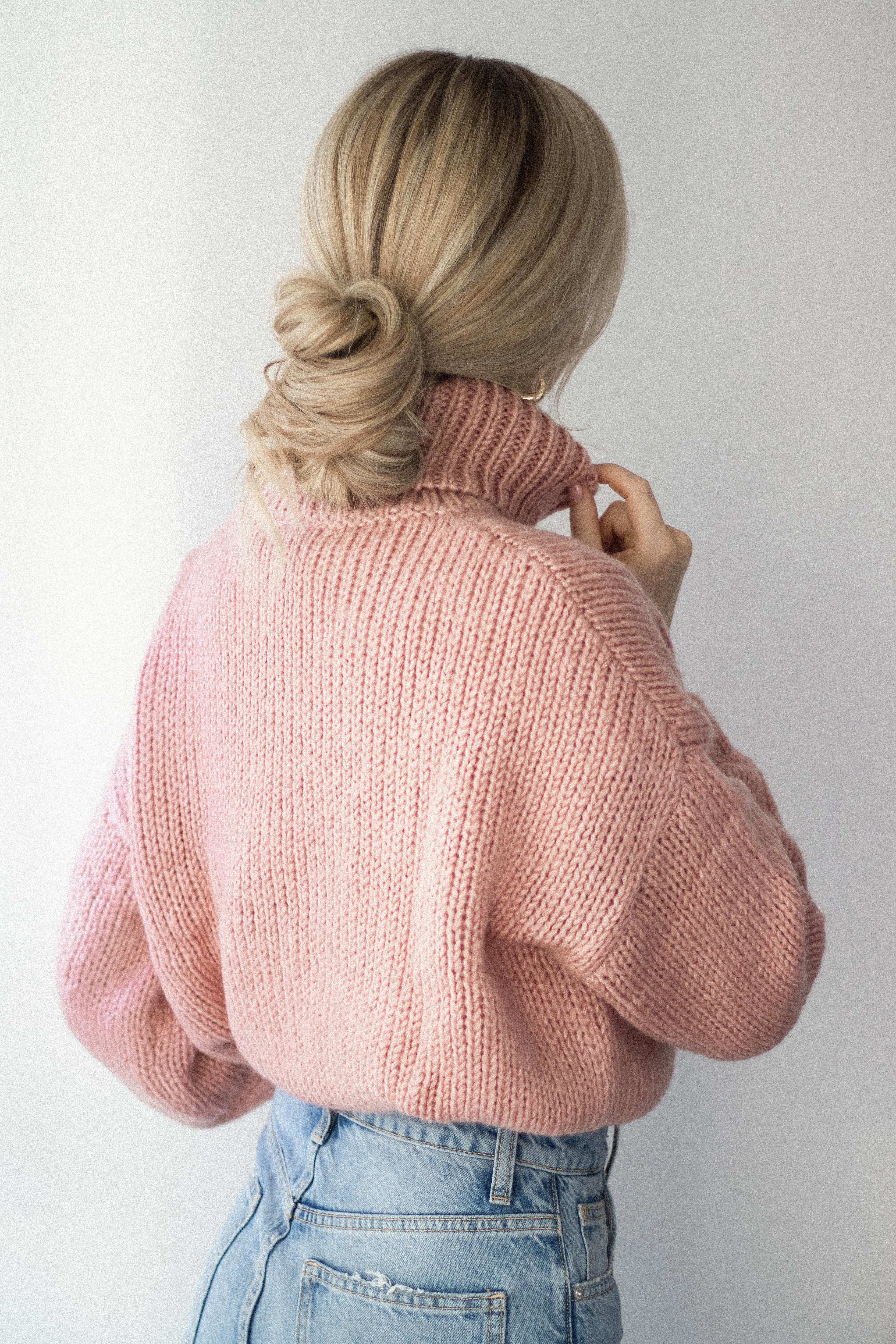 3 EASY HAIRSTYLES TO TRY THIS HOLIDAY   www.alexgaboury.com