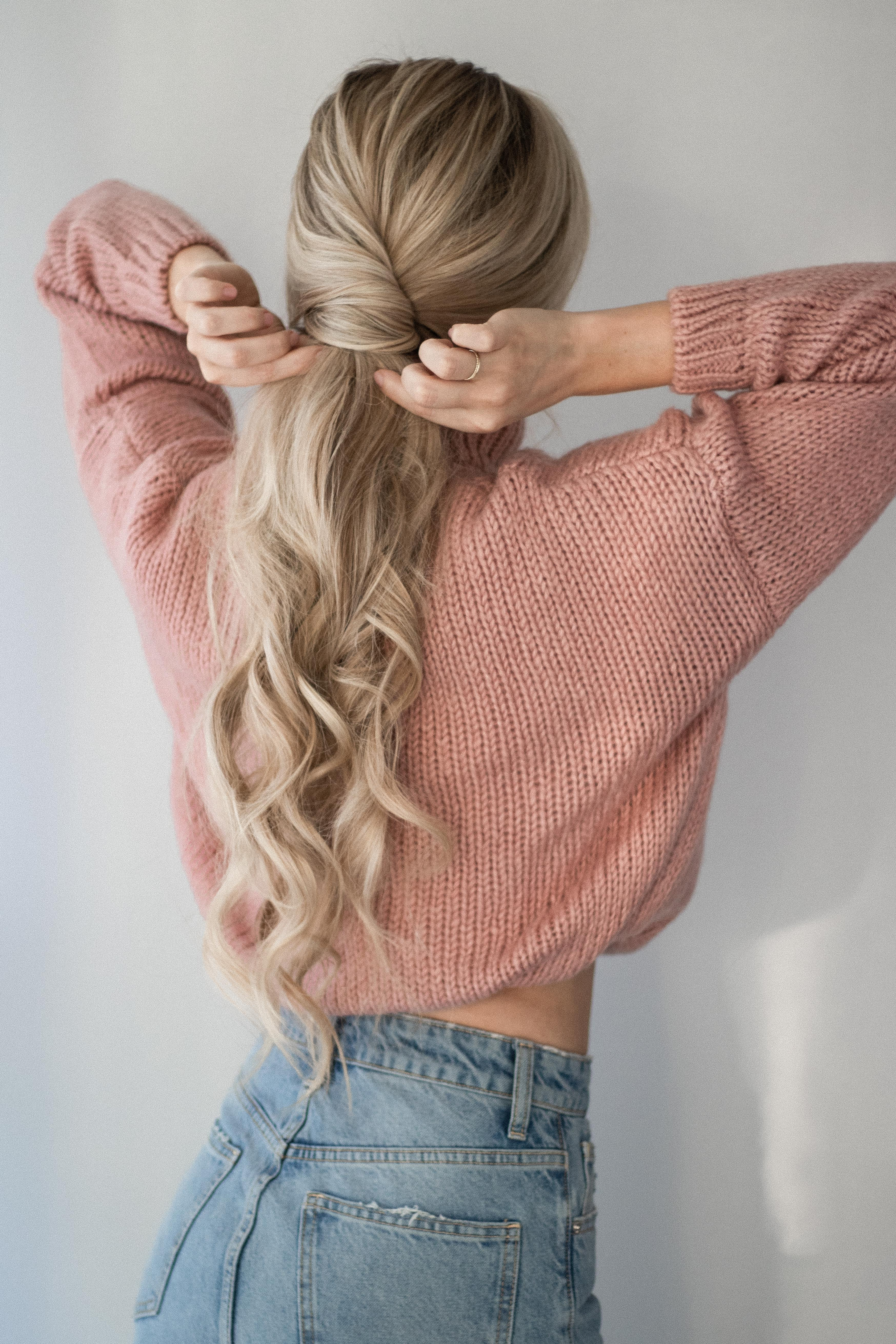 3 EASY SWEATER WEATHER HAIRSTYLES TUTORIAL | www.alexgaboury.com