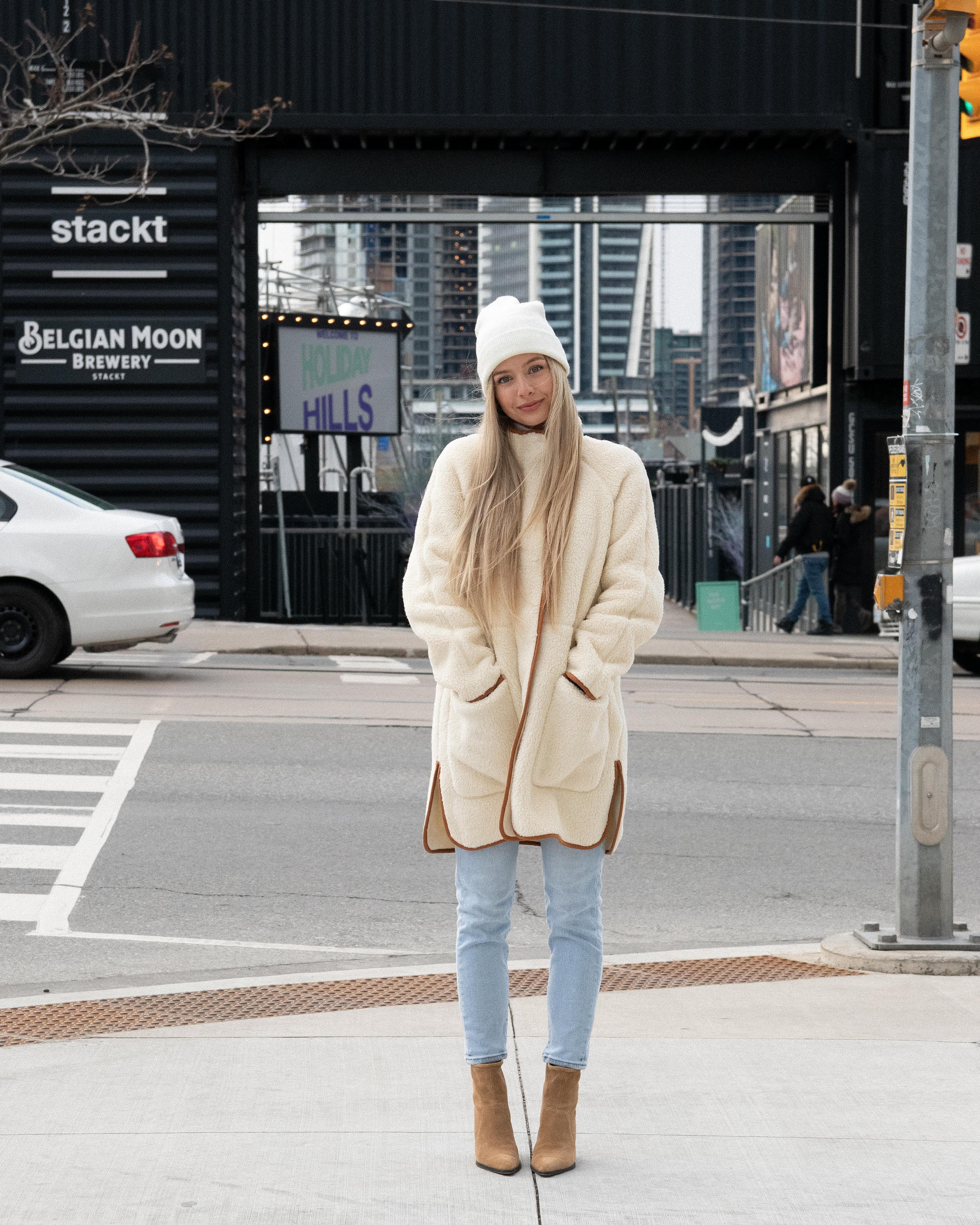 WINTER OUTFIT IDEAS 2020 | www.alexgaboury.com