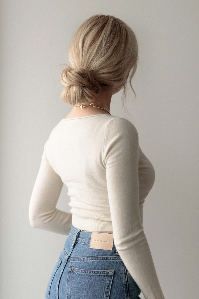 EASY CLAW CLIP HAIRSTYLE FOR MEDIUM - LONG HAIR LENGTHS