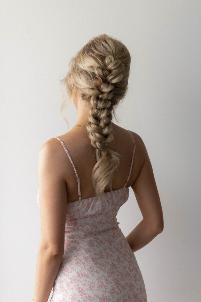 EASY PONYTAIL HAIRSTYLE (video tutorial) | Wedding, Bridal, Long Hair Hairstyle